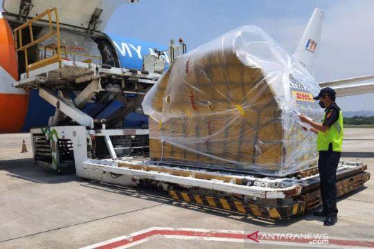 854.100 dosis vaksin Pfizer masuk Indonesia lewat Bandara Semarang