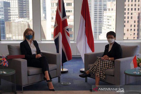 """Indonesia keluar dari """"daftar merah"""" perjalanan Inggris"""