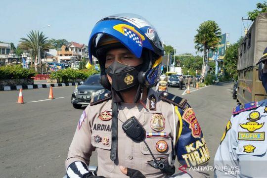 Puncak Bogor tetap padat meskipun pengendara patuhi ganjil genap