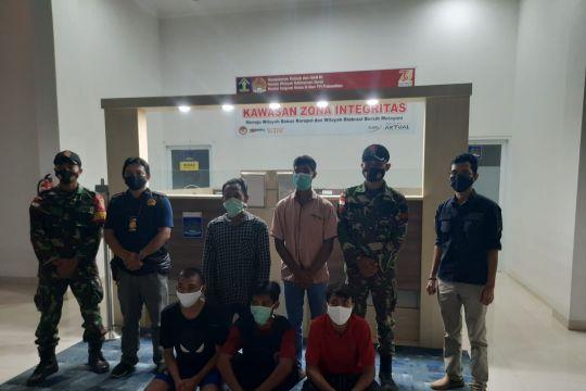 Imigrasi Putussibau: 5 TKI ilegal dikarantina di PLBN Badau