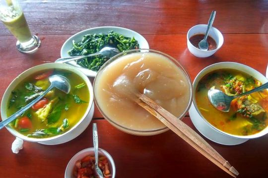 """Mengenal lebih dekat makanan """"lem"""" papeda, kuliner khas Papua"""