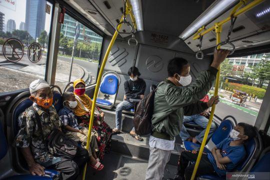 Masyarakat diminta tetap taati prokes di angkutan umum