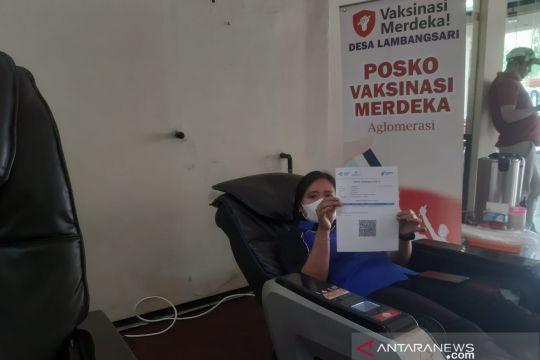 Tarik minat warga ikut vaksinasi, tol KM19 sediakan pijat-musik gratis