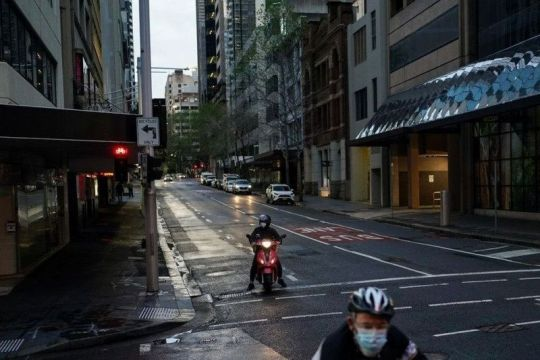 Vaksinasi naik, pembatasan di Sydney mungkin dilonggarkan lebih awal