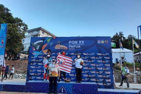 Jawa Timur juara umum paralayang