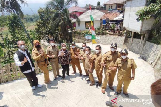 Bupati Bogor resmikan jalan di Kawasan Puncak