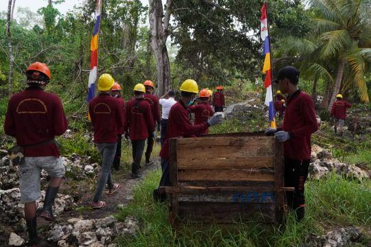 Kemenhub libatkan 40 warga buka akses jalan Menara Suar Tanjung Pemali