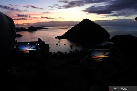 IWP dan Siklus luncurkan pilot project solusi isi ulang di Labuan Bajo