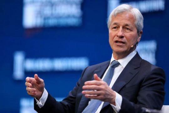 """Eksekutif JPMorgan sebut Bitcoin  """"tidak berharga"""", karena regulasi"""