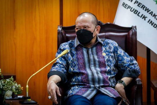 DPD RI mendukung Kapolri tindak pinjaman daring ilegal