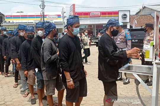 100 warga Badui siap divaksinasi percepat kekebalan komunal