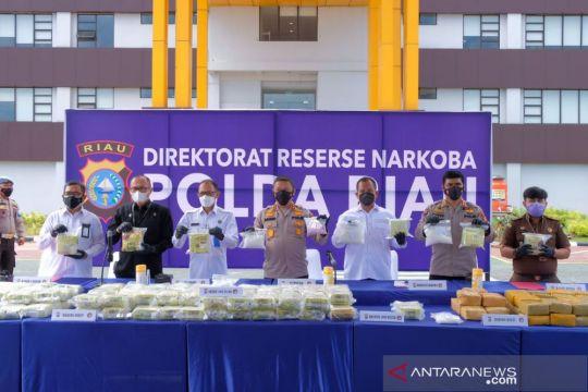 Berkolaborasi basmi narkoba di Riau