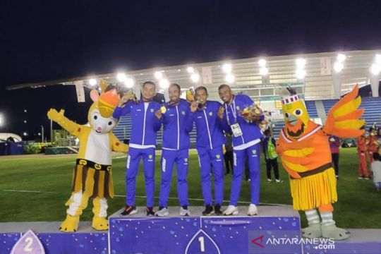 Jawa Barat berjaya rebut medali emas 4x400 meter estafet putra