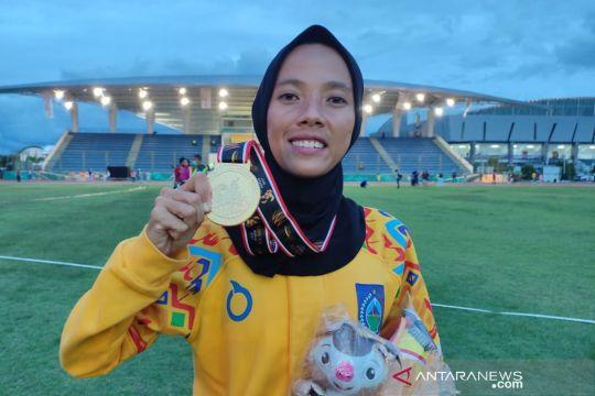 Emas 3.000 meter halang rintang putri direbut atlet NTB Dian Ekayanti