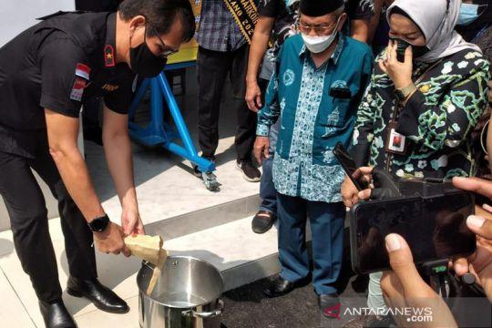 BNN Banten musnahkan barang bukti sabu dalam sandal