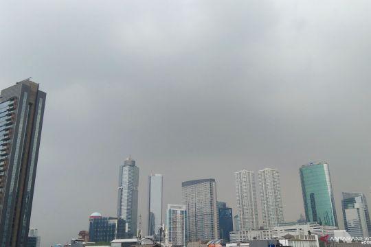 Waspadai hujan disertai petir di Jaktim dan Jaksel