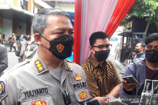 83 karyawan pinjol ilegal di Sleman dibawa ke Polda Jabar