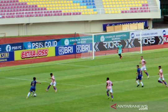 PSIS taklukkan Persik 3-0