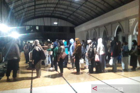 77 karyawan pinjol ilegal dipulangkan ke Yogyakarta usai diperiksa