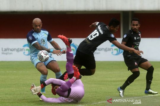 Persela Lamongan vs Madura United berakhir seri