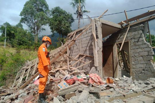 Basarnas evakuasi tiga korban meninggal akibat gempa di Bali