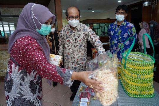 Kemenkop sosialisasikan PP No 7/2021 ke pengusaha mikro