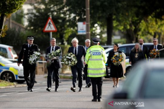 PM Inggris kunjungi lokasi pembunuhan anggota parlemen