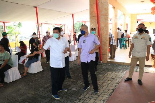 Kejati Banten gelar vaksinasi COVID-19 di Vihara Caga Sasana Tangerang