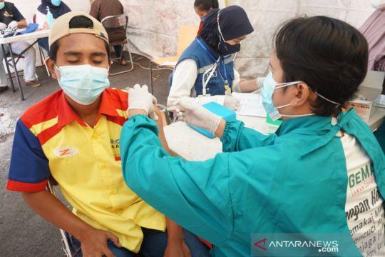 Sebanyak 62.732.568 penduduk Indonesia mendapat vaksinasi dosis kedua