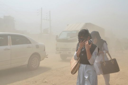 Kurangi aktivitas luar ruang minimalkan kena pajanan polusi udara