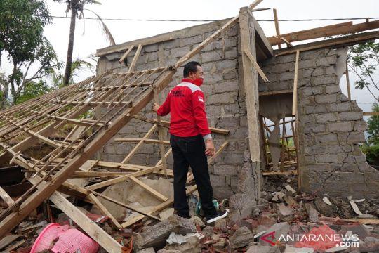 Bupati-Wakil Bupati Karangasem langsung turun ke lokasi gempa