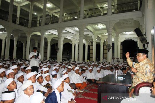 Ketua Umum PBNU ajak santri gemar bershalawat untuk Nabi Muhammad