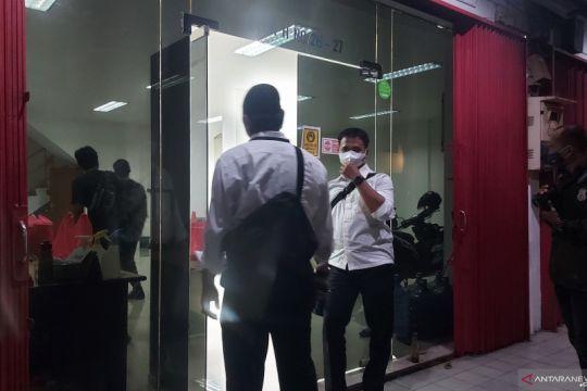 Polisi pergoki PT AIC Jakut olah foto asusila untuk tagih utang