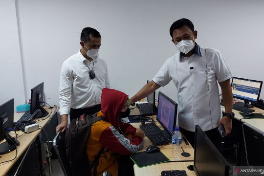 Polda Metro amankan 4 karyawan pinjaman daring di Jakut