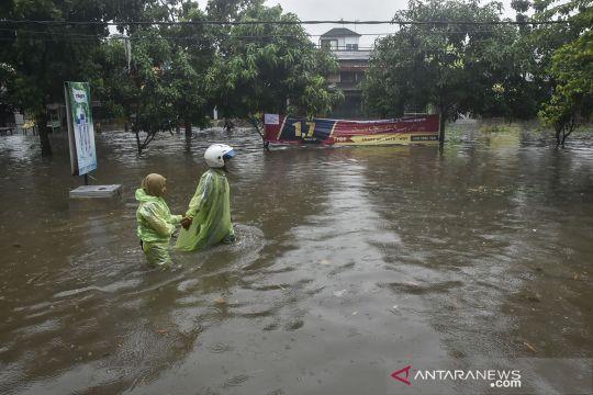 Banjir genang Rawalumbu Bekasi