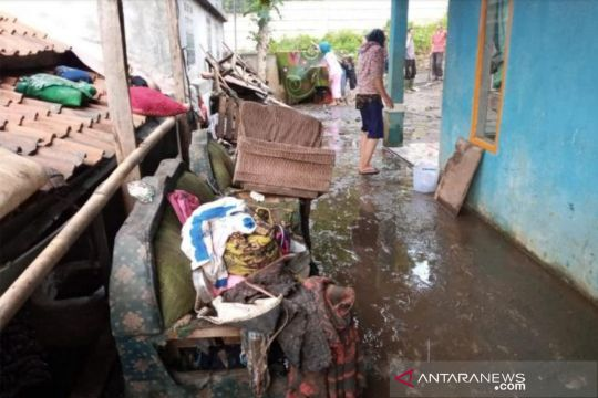 BPBD Bandung Barat: Longsor dan banjir bandang terjadi di tiga titik