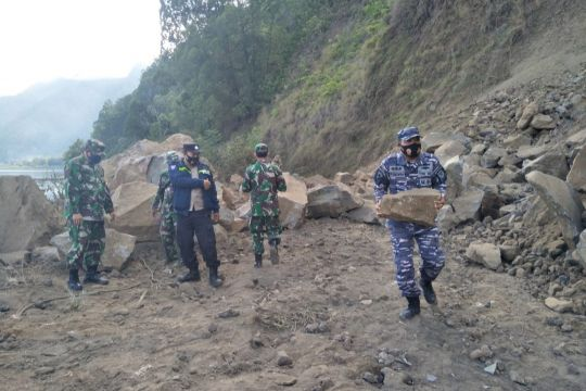 TNI AL dirikan Pos Siaga Bencana gempa di Karangasem-Bangli