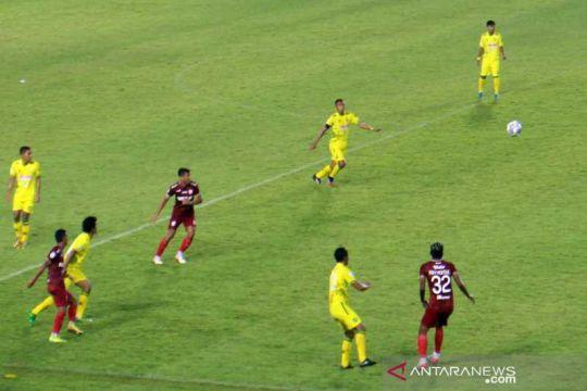 Persis menang lawan HW FC 2-1