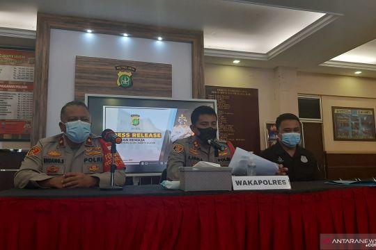 Polisi tangkap empat remaja pelaku tawuran di Lenteng Agung
