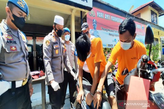 Polisi ringkus komplotan spesialis rampok nasabah bank di Kalimantan