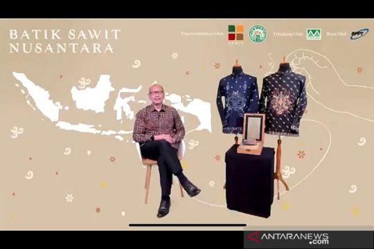 Gapki serahkan Batik Sawit Nusantara ke Presiden Jokowi