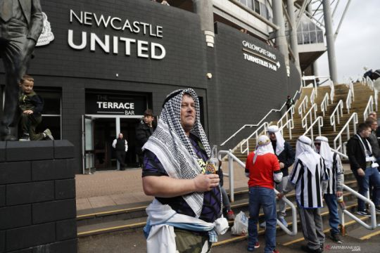 Newcastle desak suporternya kurangi kenakan pakaian tradisional Arab