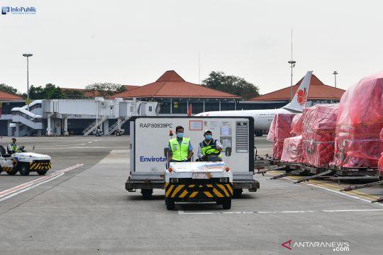 Jutaan dosis vaksin bantuan datang ke Indonesia