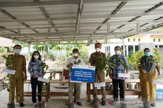 Peruri beri 3 ribu bibit pohon jaga kualitas udara Karawang