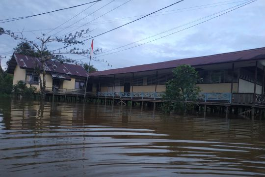 Banjir rendam sejumlah daerah di Kapuas Hulu, warga diminta waspada