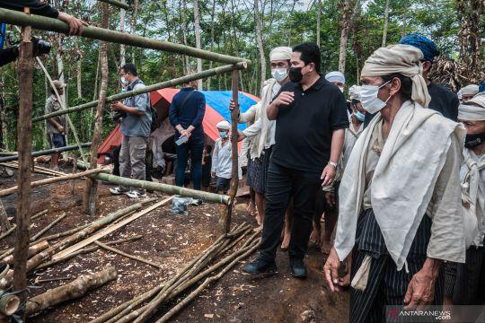 Kemarin, Erick Tohir disambut warga Badui hingga laboratorium bencana