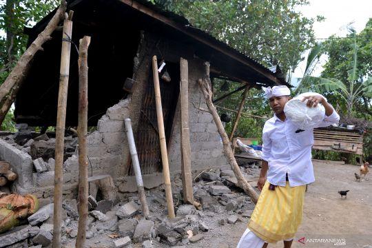 Hunian sementara korban gempa Karangasem