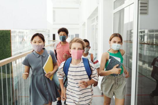 """Atasi kecemasan orang tua dan anak saat PTM dengan """"ADAPTASI"""""""