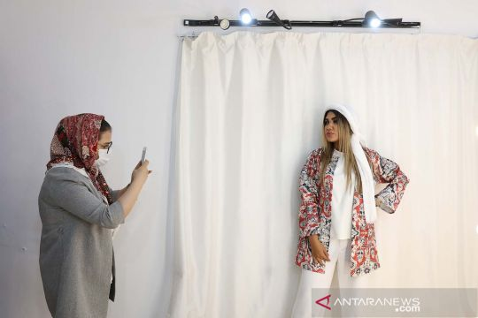 Geliat mode di Teheran Iran