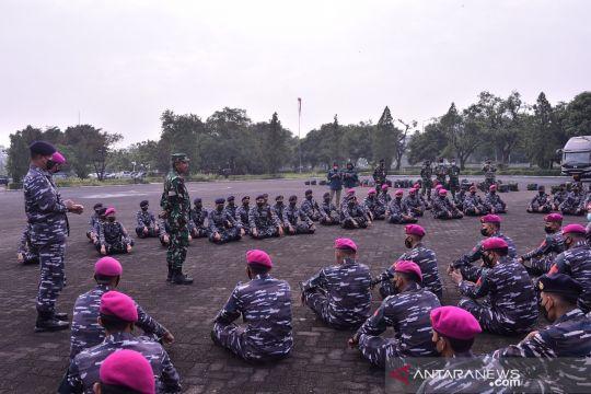 Panglima TNI mengerahkan 200 nakes vaksinator ke Bogor